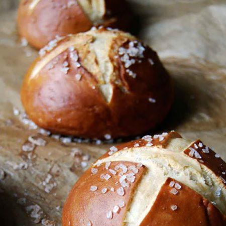 hpfm-Montelimar-Bread-Pretzel